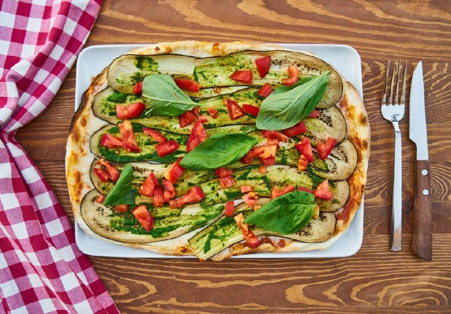 Restaurant Pizzeria Toscana mit traditioneller italienischer Pizza in Herzogenrath.